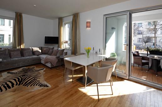 dg gmbh projektentwicklung und immobilien. Black Bedroom Furniture Sets. Home Design Ideas